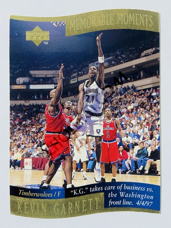 Kevin Garnett - Minnesota Timberwolves 1998 Upper Deck Memorable Moment #5