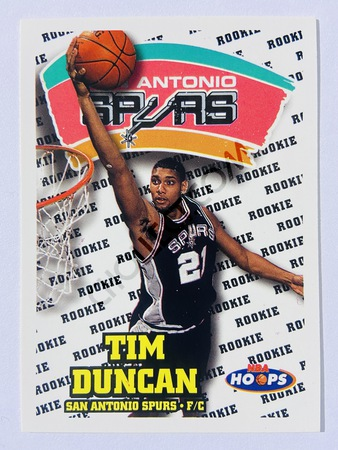 Tim Duncan - San Antonio Spurs 1997-98 Skybox Hoops RC Rookie Card #166